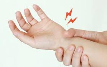 今までド親指の腱鞘炎でどのような処置を行ってきましたか?
